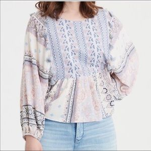 American Eagle Outfitters Boho Tassel Bell Sleeves